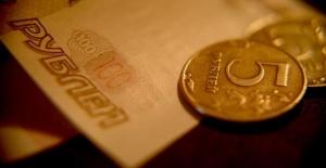 Rus rublesi 3 yıla kadar dolar karşısında zayıflayacak