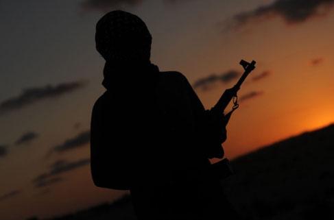 Biri Türk 9 savaşçı sınır dışı edildi