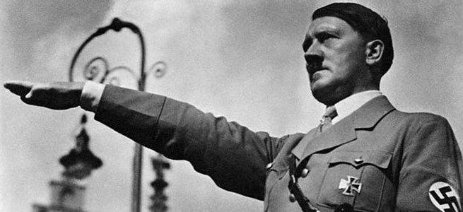 Adolf Hitler intihar etti