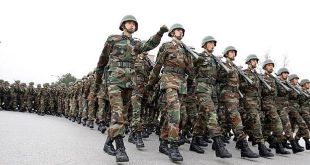 Üniversiteliye 3 yaz 2'şer ay askerlik