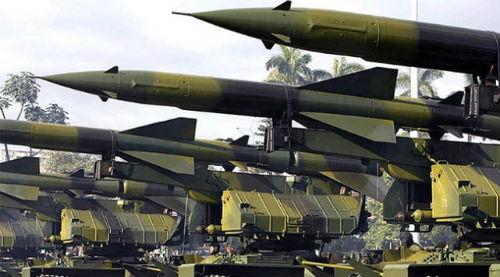 Irak ABD'den sipariş ettiği silahları alıyor