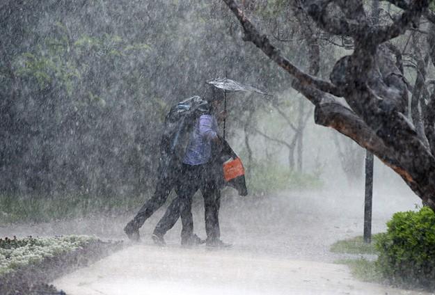 İstanbul'a şiddetli yağmur