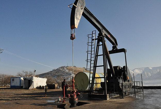 Petrol aramaya tam gaz devam