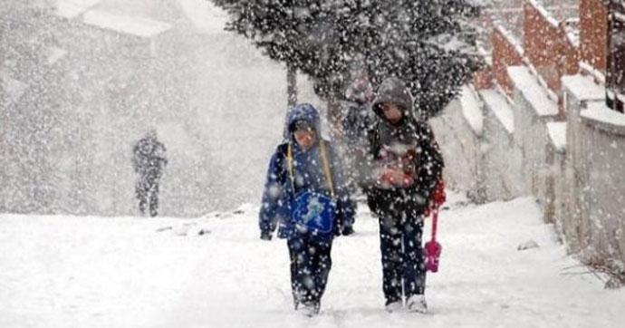 İstanbul ve 35 ilde kar tatili uzatıldı