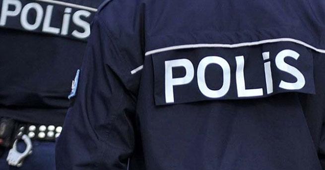 4 polis meslekten ihraç edildi