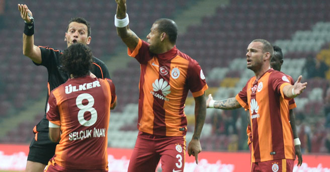 Galatasaray'da Sneijder'in öfkesi