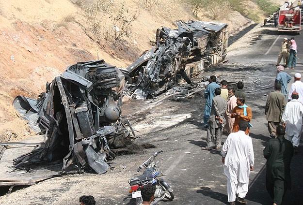 Pakistan'da LPG tankı patladı: 10 ölü
