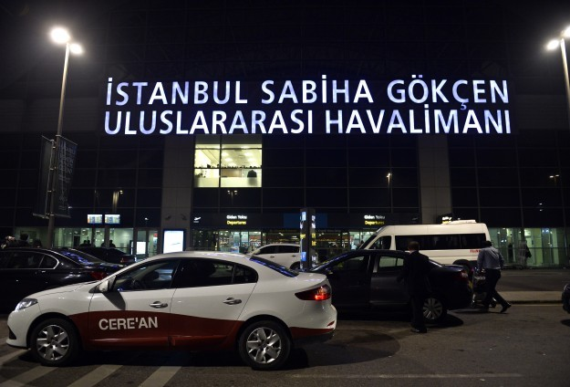 'Sabiha Gökçen Havalimanı'na ikinci pist yapılacak'