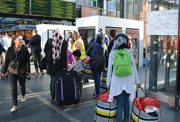 Danimarka'ya gelen binlerce sığınmacı krize yol açtı