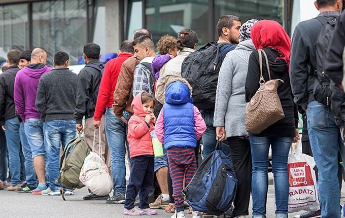 Avustralya Müslüman sığınmacı da alacak