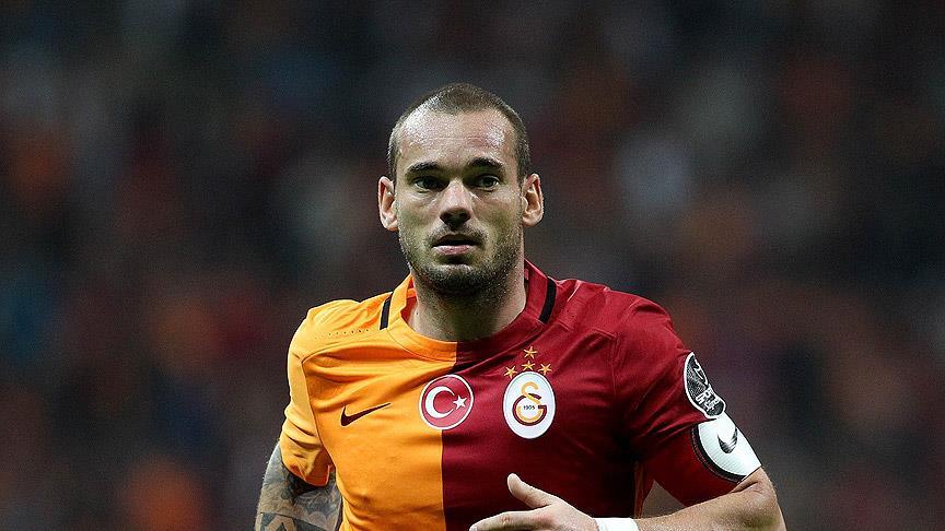 Mourinho'nun kafasındaki '10 numara' Sneijder