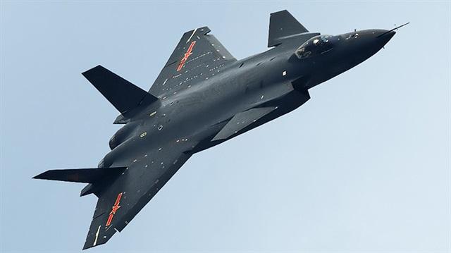 Çin de Rusya'ya özendi, o da bombalayacak
