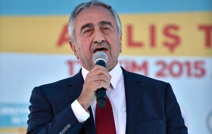 KKTC Başbakanı Kalyoncu, koalisyon hükümetinin istifasını Cumhurbaşkanı Akıncı'ya sundu