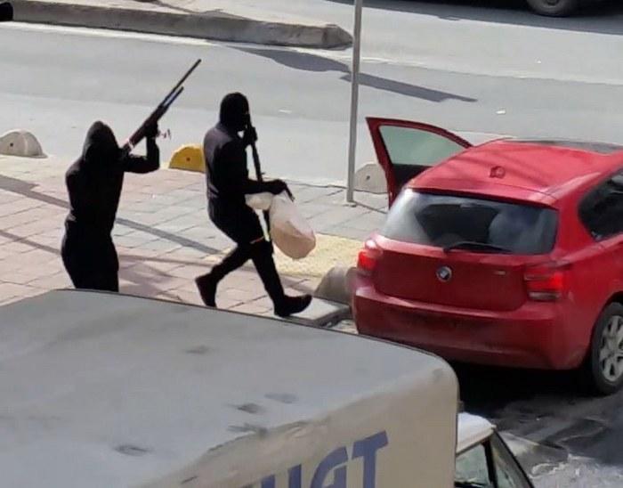 İstanbul'da kar maskeli soygun /Foto-Video