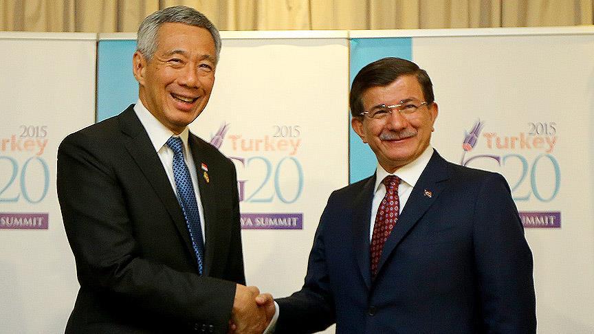Davutoğlu Singapur Başbakanı Loong ile görüştü