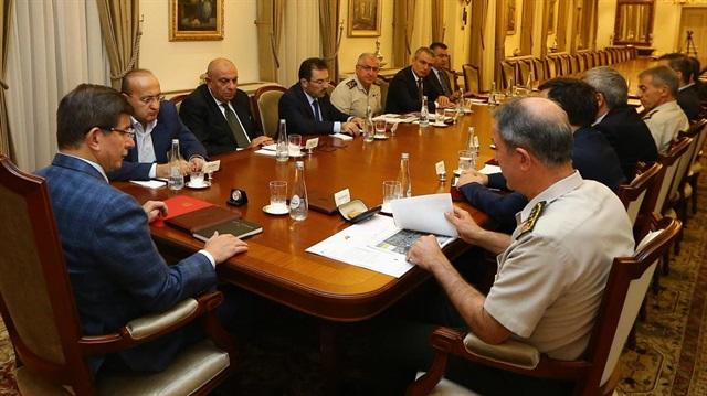 Başbakan'ta Suriye için güvenlik zirvesi
