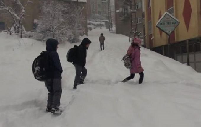 18 ilde okullara kar tatili!