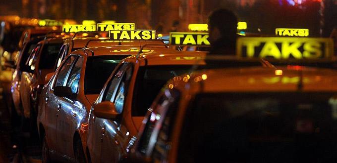 Özel araç sahiplerine taksicilik serbest kaldı, taksiciler isyan etti
