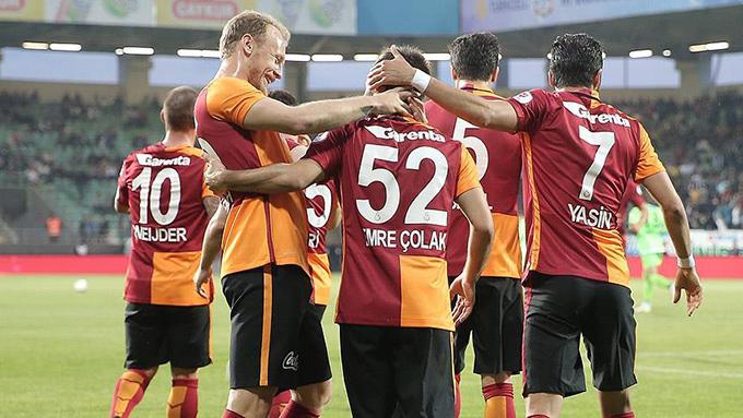 Galatasaray kupada Çaykur Rizespor'u rahat geçti