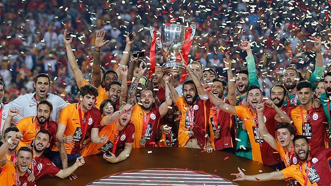 Galatasaray'ın yeni forma sponsoru Nef oldu