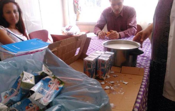 Öğrencilere ücretsiz dağıtılan sütleri bakın ne yapmışlar!.. (5 Foto)