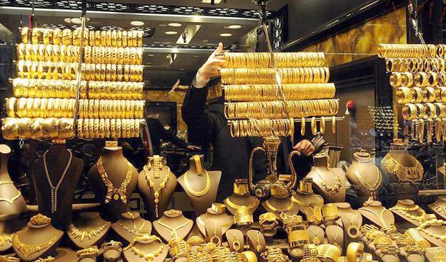 'Ne altın alan var ne de satan'