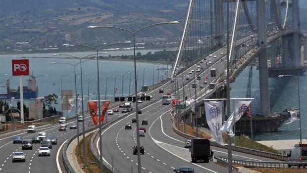 Köprü ve otoyol geliri 5 ayda 570 milyon lirayı geçti