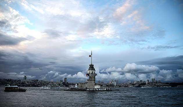 İstanbul'a ülke nüfusundan fazla turist geldi